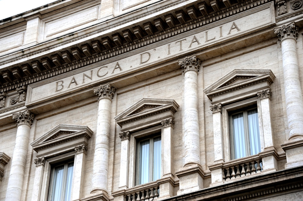 Italy risks reigniting the eurozone crisis